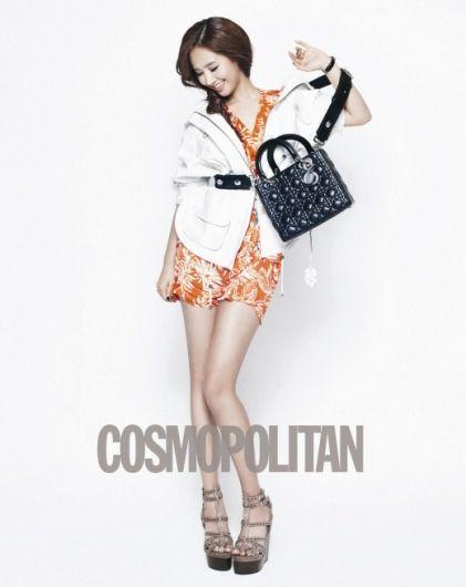"""Остальные фотографии вы можете увидеть в мартовском выпуске  """"Cosmopolitan """""""