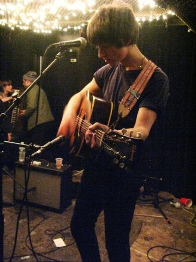 Easiest Arctic Monkey's song to play on guitar? - reddit