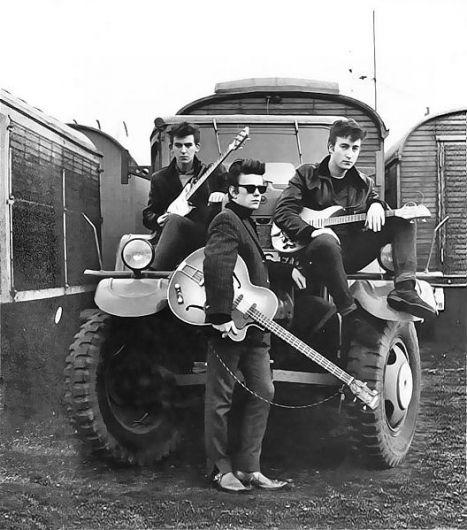 The Beatles - Johnny B Goode