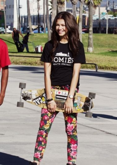 c53f34e0e602f2da604d1d194b64fb4d jpgZendaya Coleman Swag It Out
