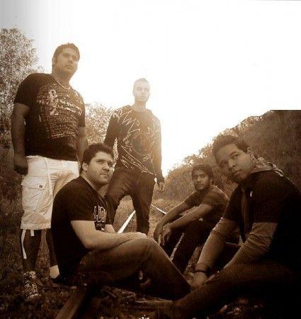 Banda Akza